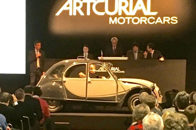 Citroen 2CV at auction