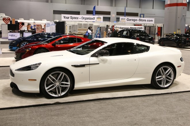 aston martin db9 chicago auto show