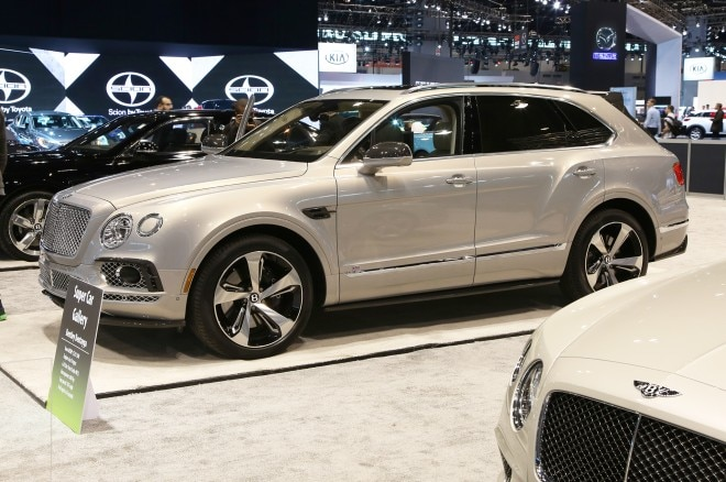 bentley bentayga chicago auto show
