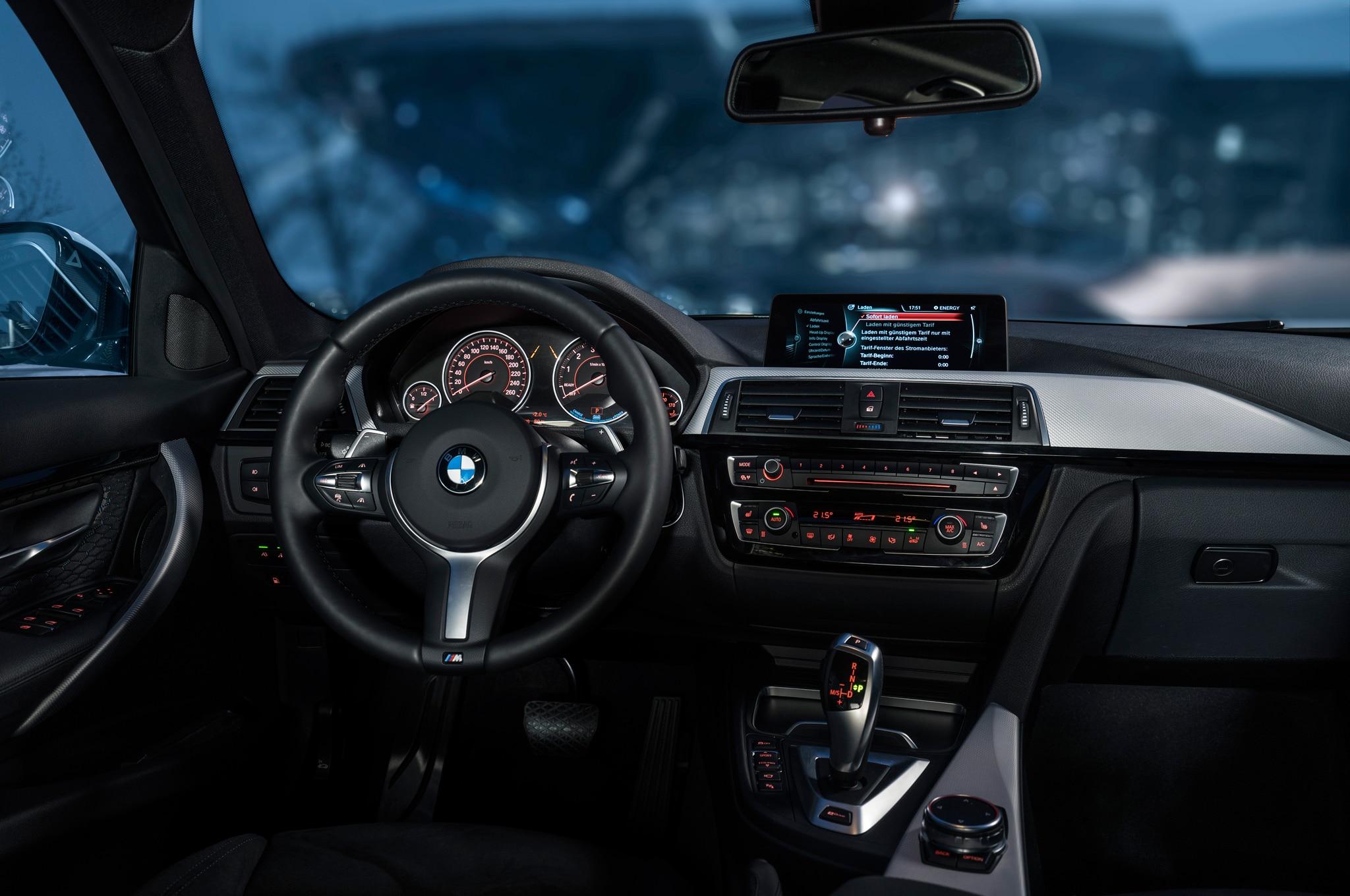 Bmw 320i 2016 >> U.S.-Spec 2017 BMW 330e iPerformance Revealed in New York | Automobile Magazine