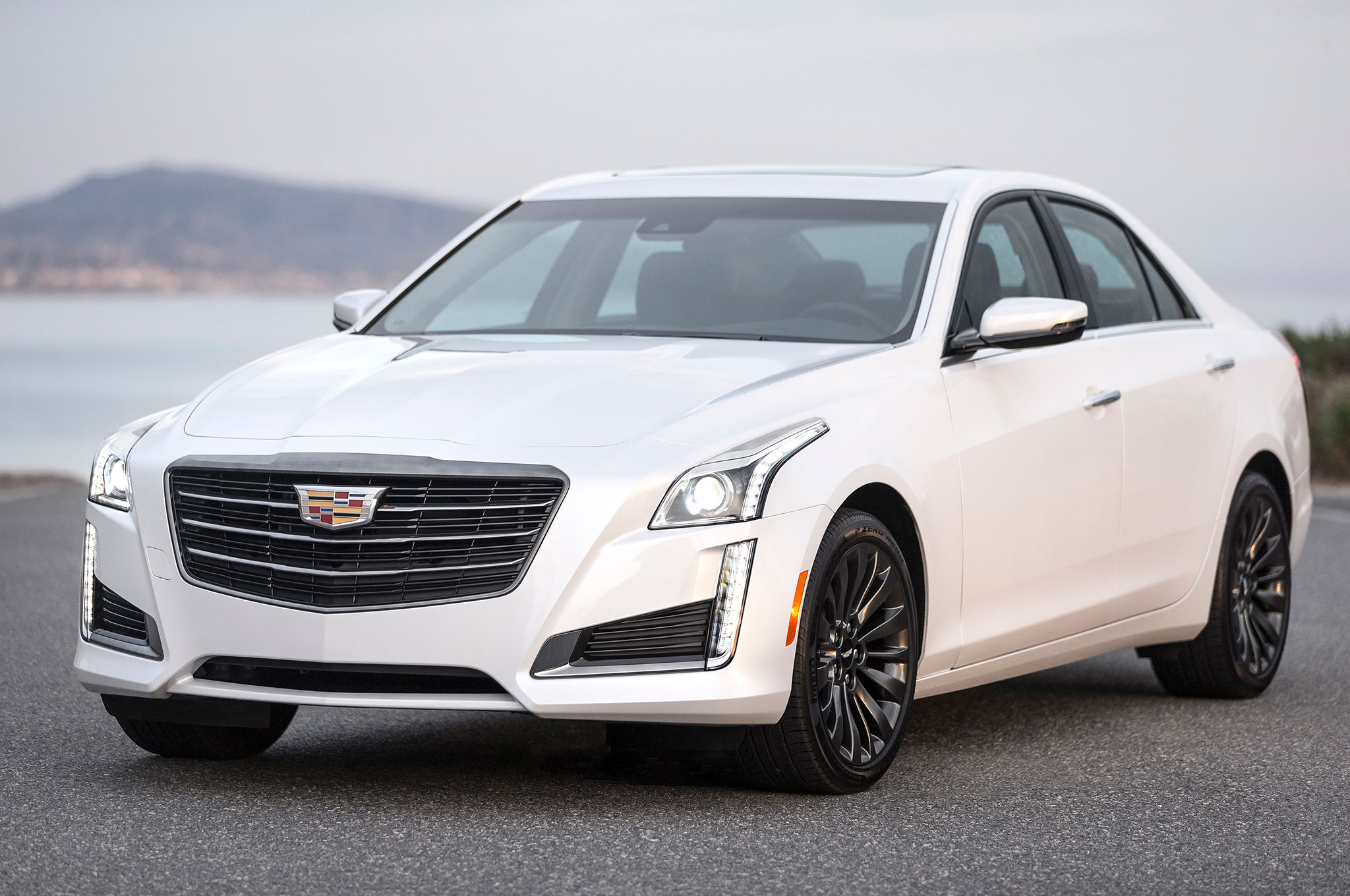 2016 cadillac ats and cts add black chrome package automobile magazine. Black Bedroom Furniture Sets. Home Design Ideas