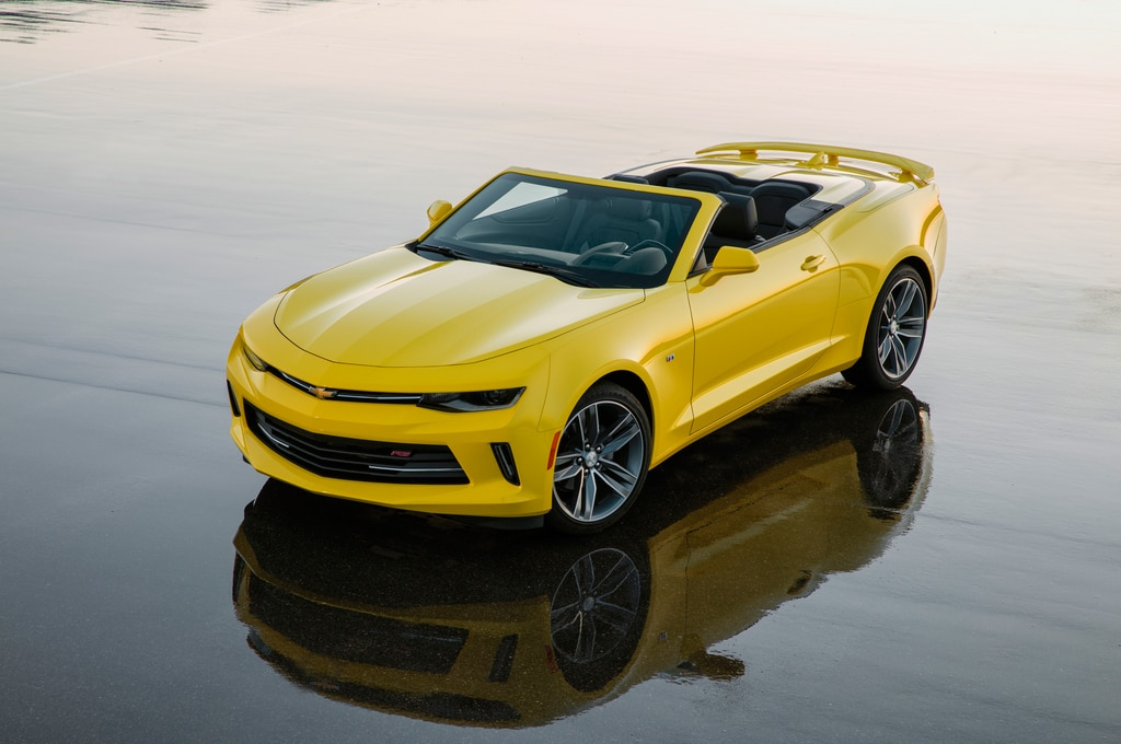 2016 chevrolet camaro rs convertible front three quarter 02. Cars Review. Best American Auto & Cars Review