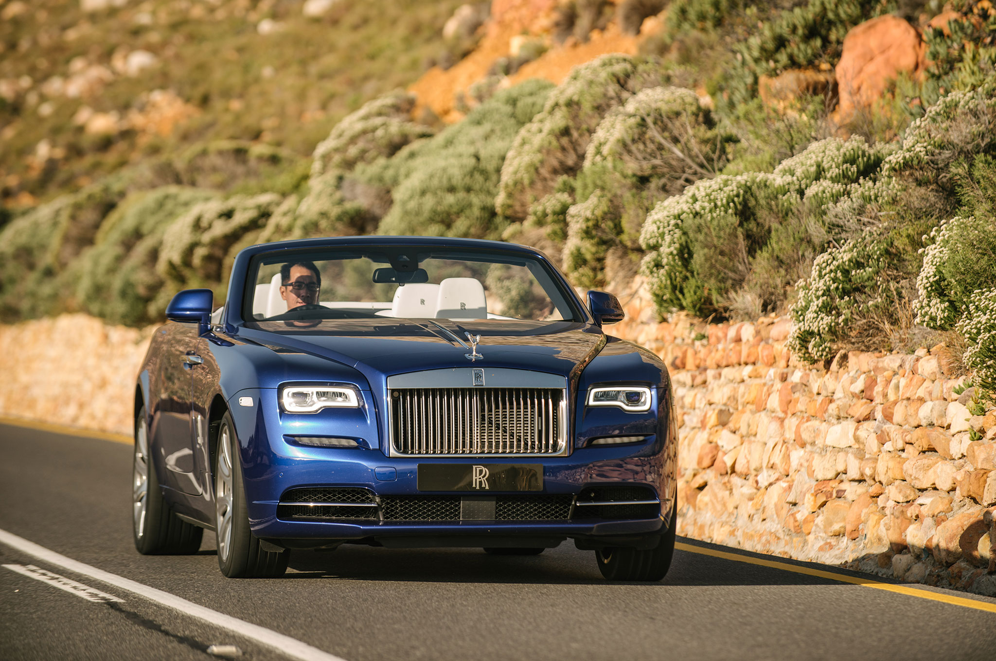 2016 rolls royce dawn first drive review