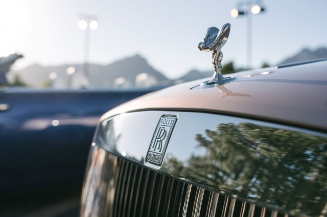 2016 Rolls Royce Dawn hood ornament 01