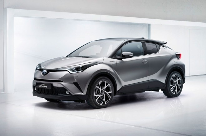 2016 Toyota C HR front three quarter 02