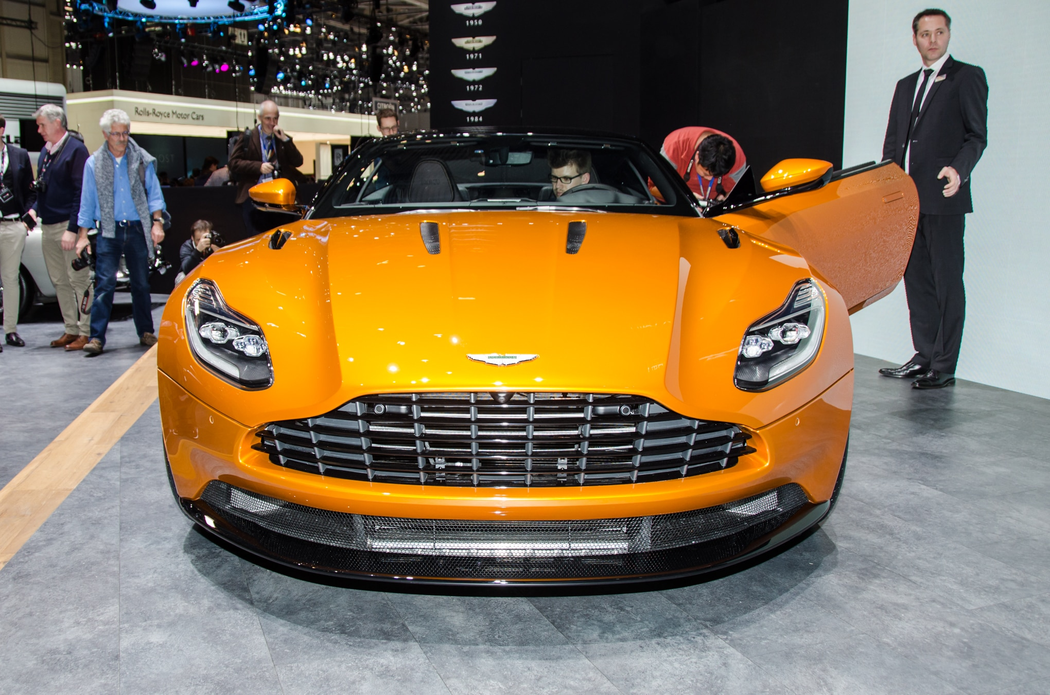 Aston Martin Db11 Front End Possibly Revealed In New Leak - Megan stewart