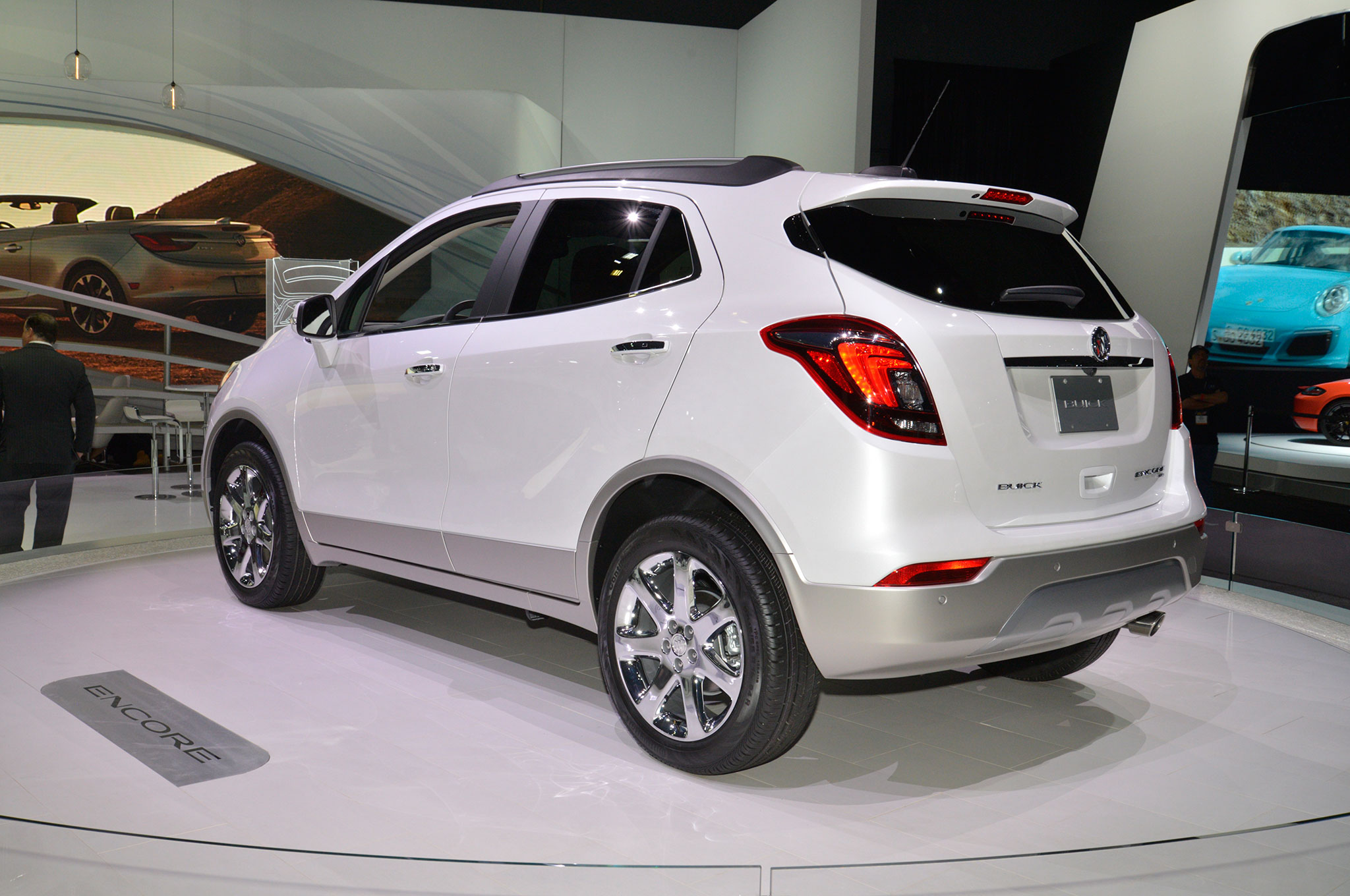 2017 buick encore refreshed at new york auto show. Black Bedroom Furniture Sets. Home Design Ideas