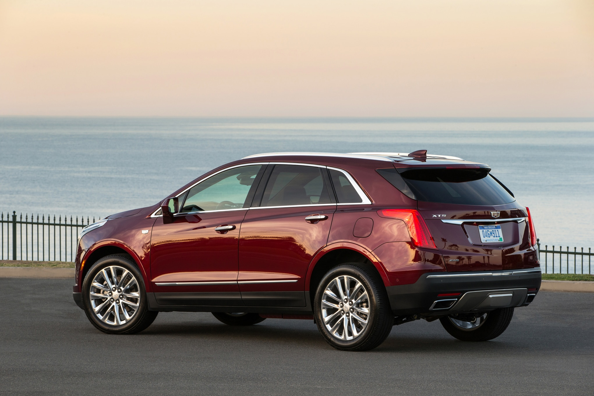 Lastest 2017 Cadillac XT5 Review