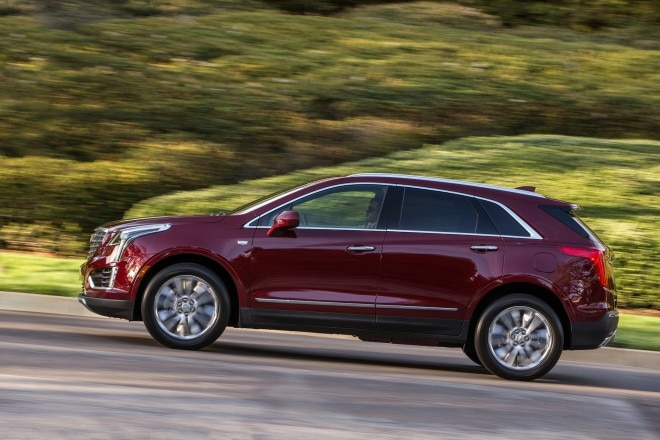 2017 Cadillac XT5 side in motion