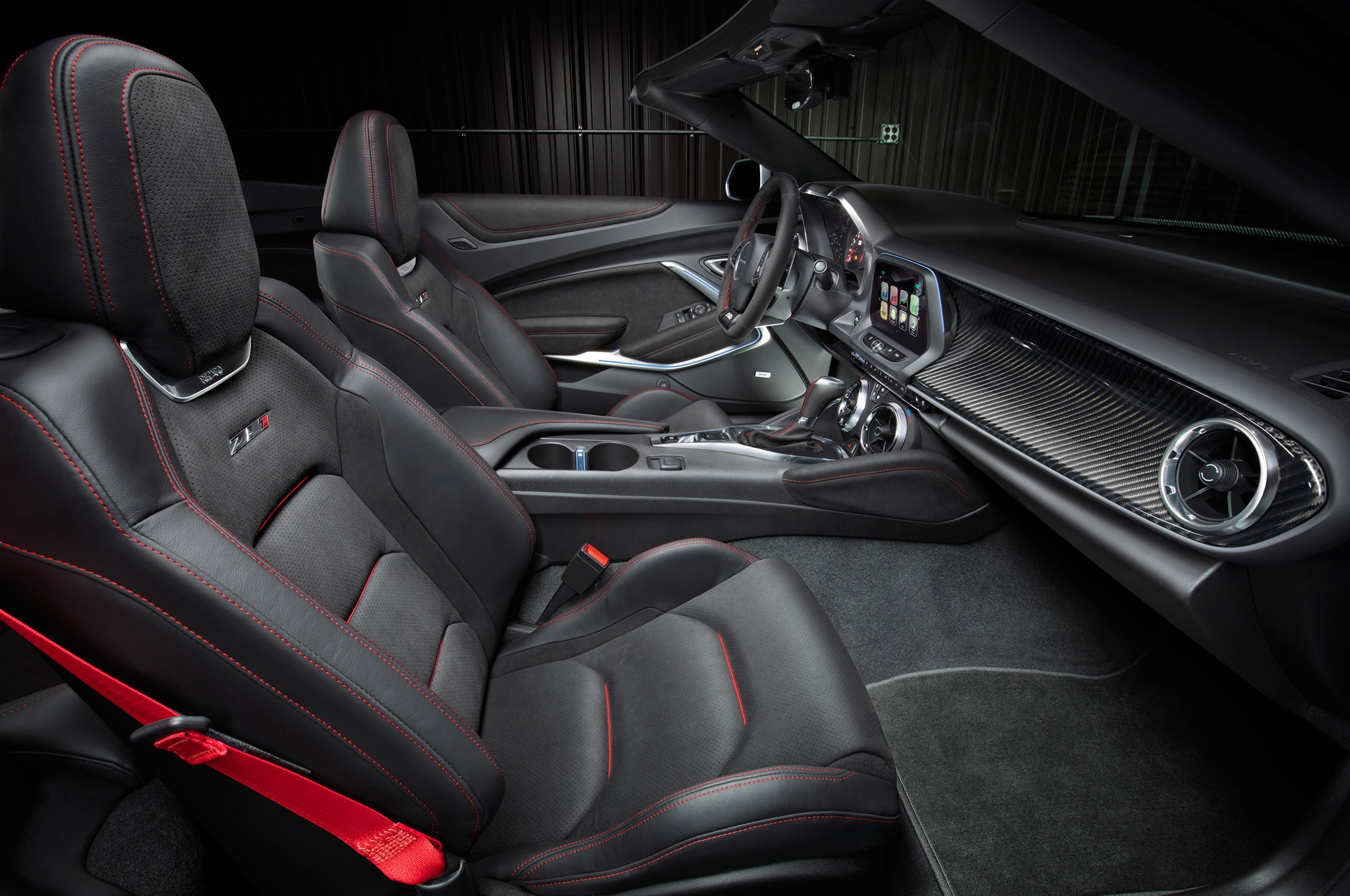 2017 chevrolet camaro zl1 convertible debuts at new york show though voltagebd Image collections