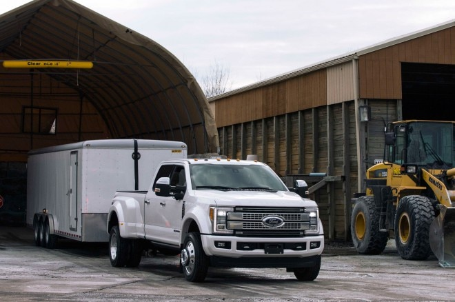 Ford boosts towing rating of its Super Duty pickups