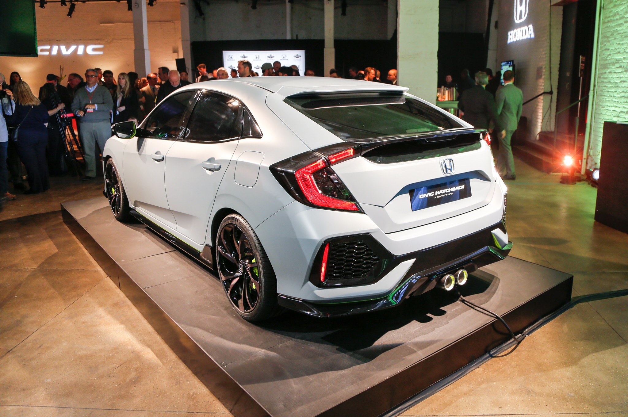 2017 honda civic hatchback prototype revealed in new york for Honda civic 20017