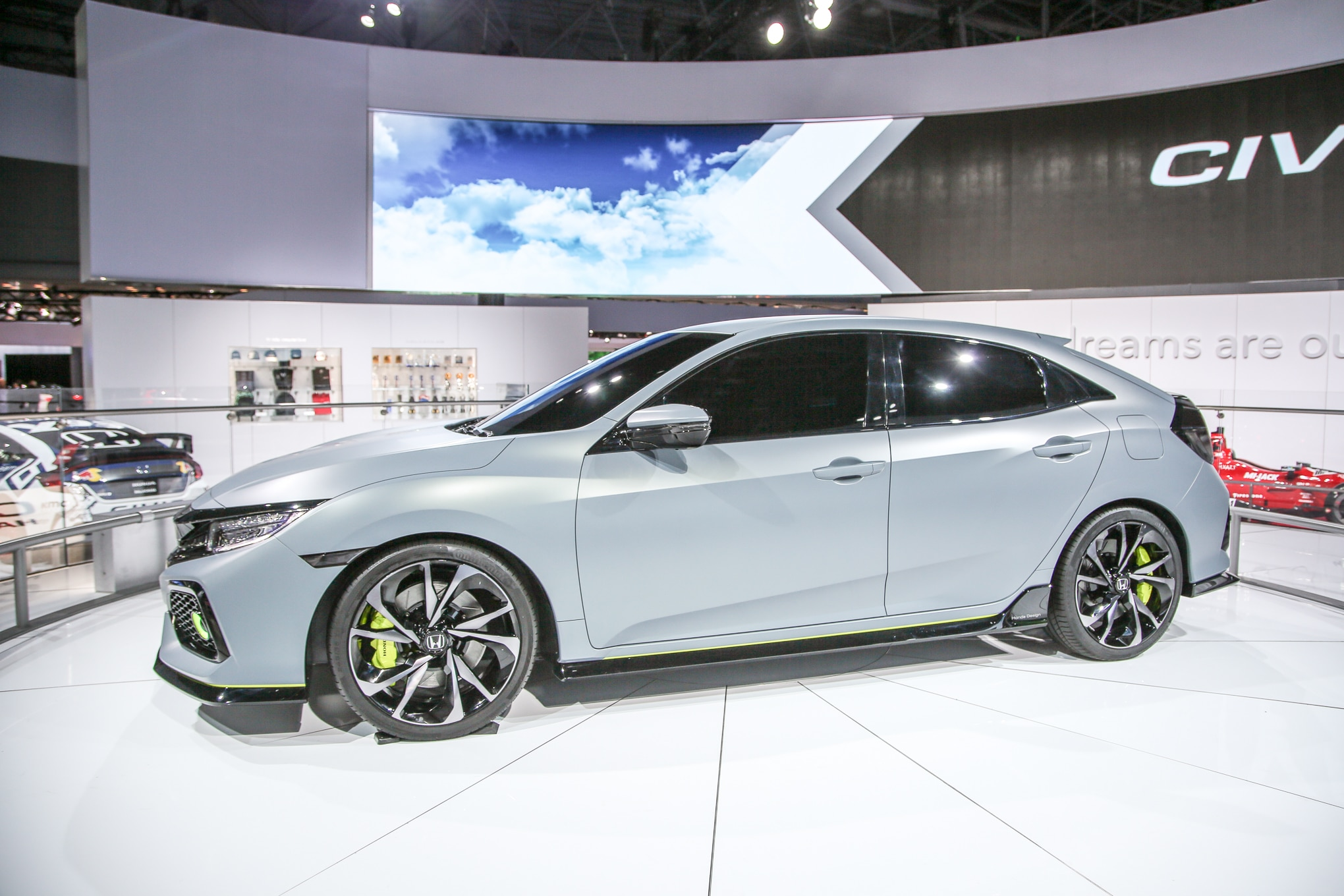 2017 honda civic hatchback prototype revealed in new york for 2017 honda civic manual transmission