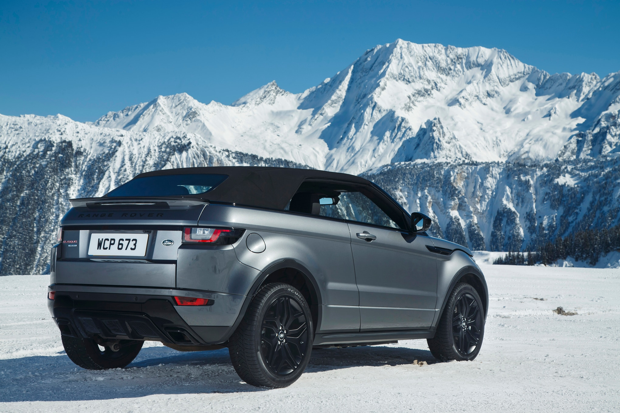 quick take 2016 range rover evoque convertible hse dynamic automobile magazine. Black Bedroom Furniture Sets. Home Design Ideas