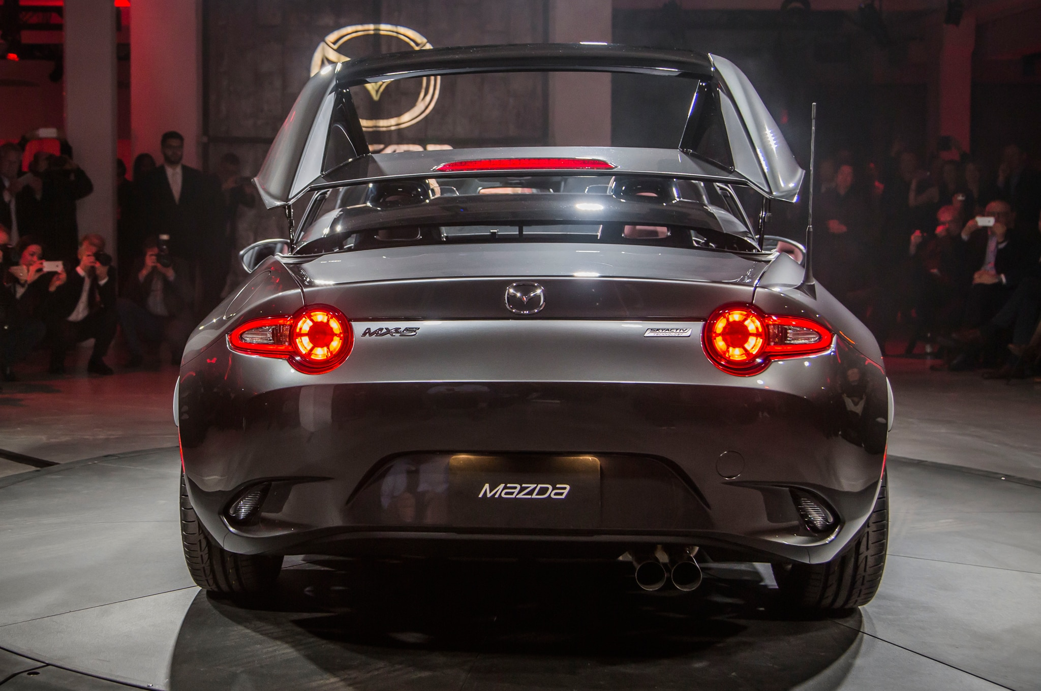 2017 Mazda Mx 5 Miata Retractable Fastback Debuts