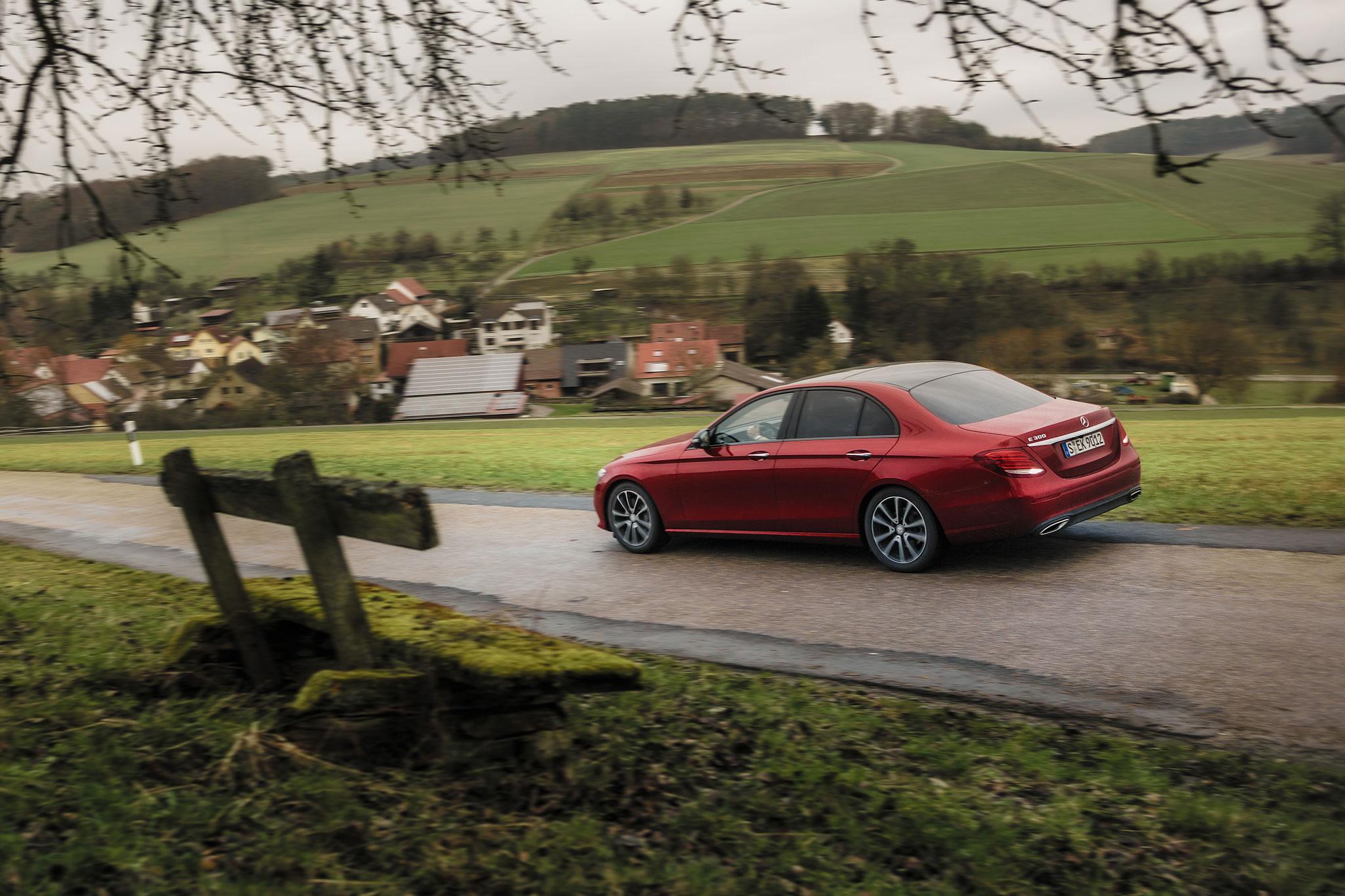 2017 mercedes benz mbrace 2017 2018 best cars reviews for Mbrace mercedes benz