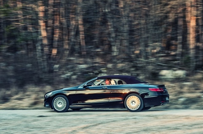 2017 Mercedes Benz S500 Cabriolet side profile in motion 04