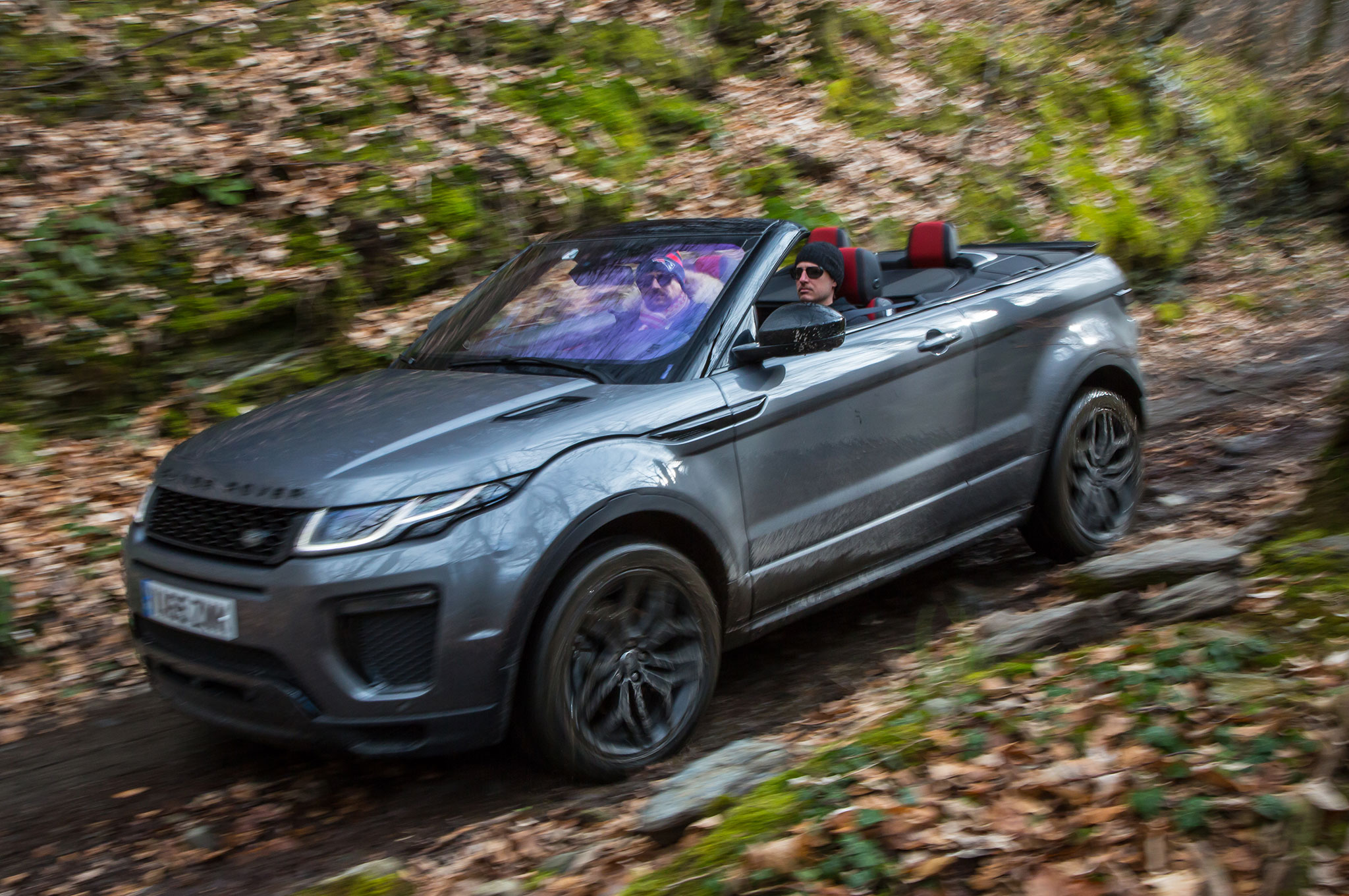 2017 range rover evoque convertible review. Black Bedroom Furniture Sets. Home Design Ideas