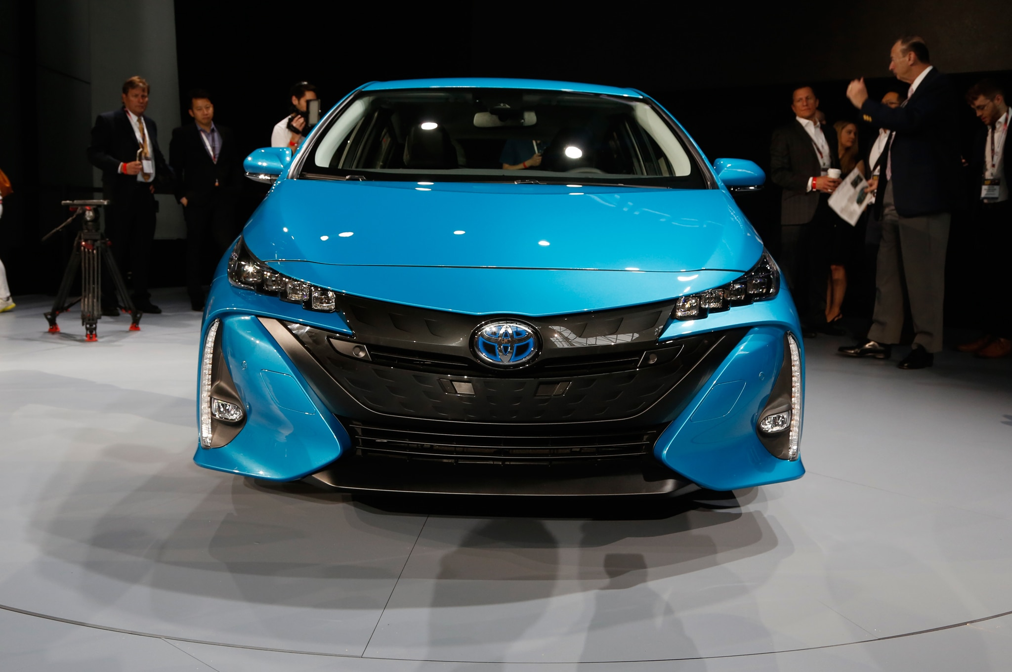 2017 Toyota Prius Prime Plug-in Hybrid Debuts at New York Show