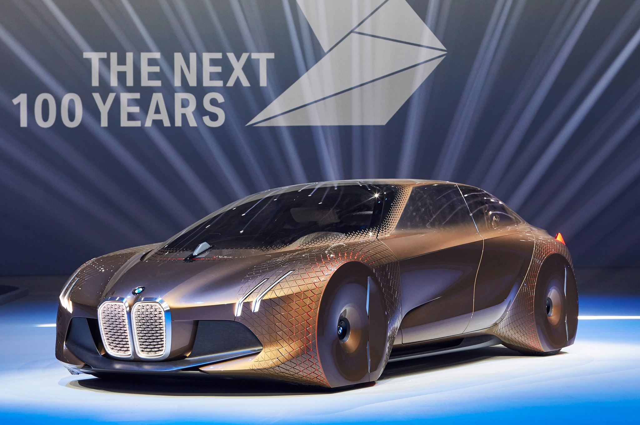 BMW Vision Next 100 Front Three Quarter Stage