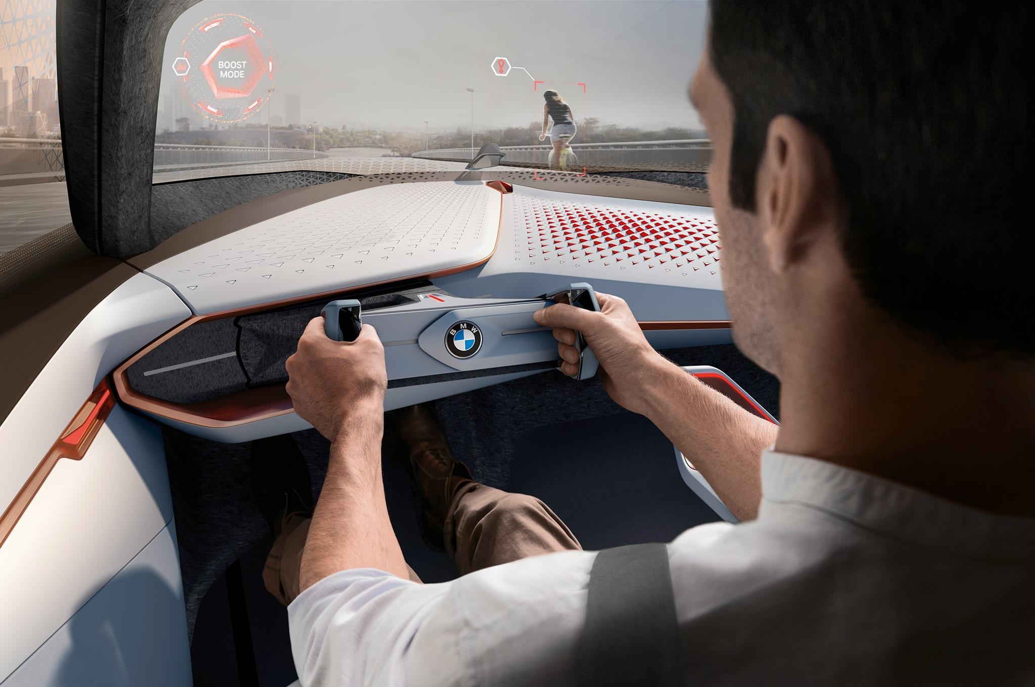 BMW Vision Next 100 interior HUD