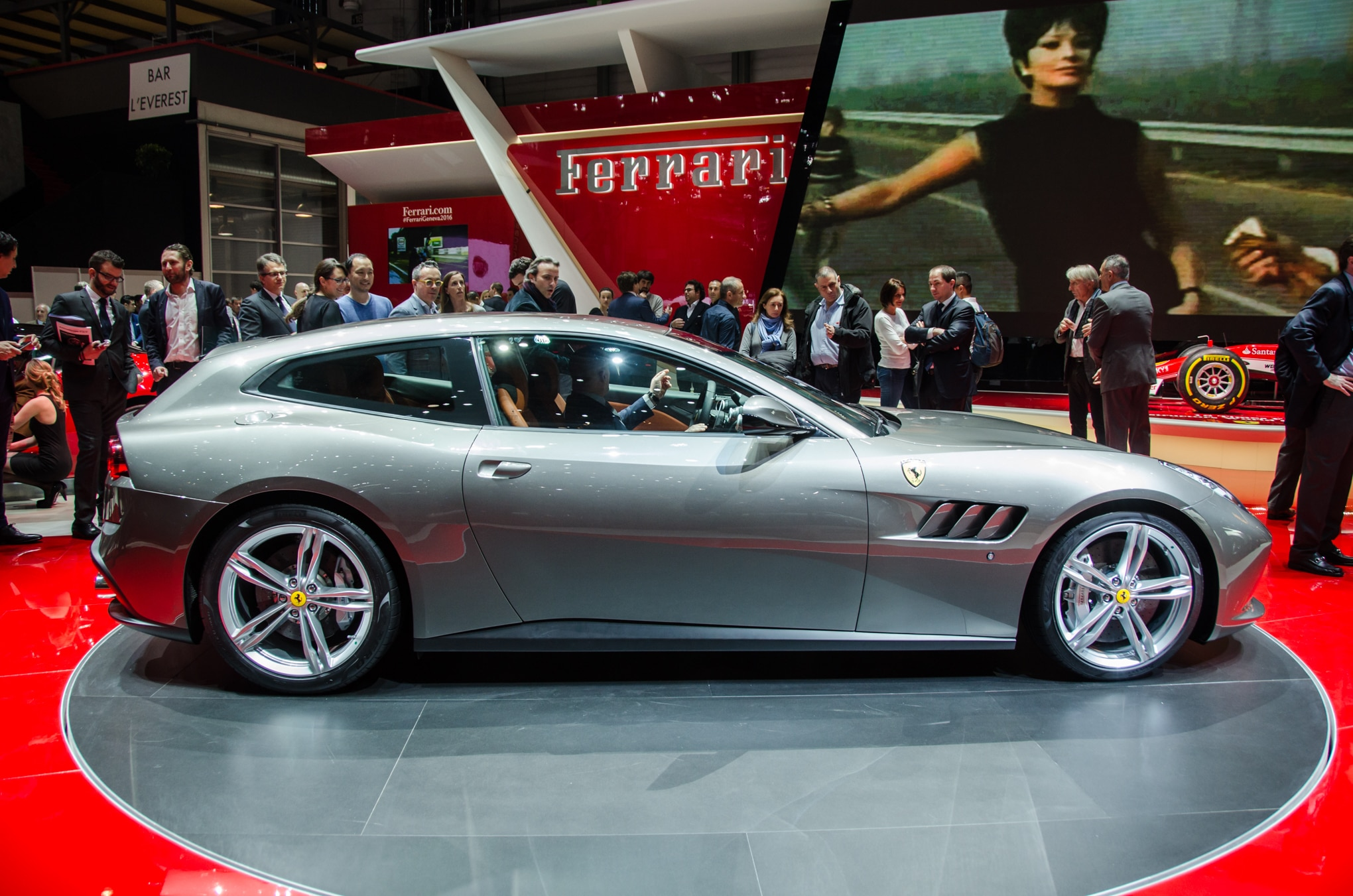 ferrari gtc4 lusso revealed with new name more power. Black Bedroom Furniture Sets. Home Design Ideas