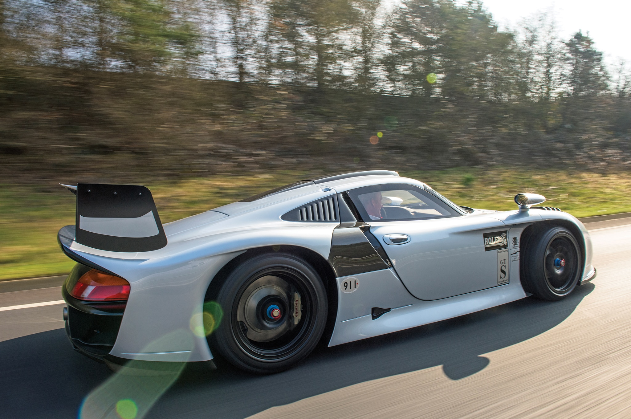 the only street legal 1997 porsche 911 gt1 evo heads to auction automobile. Black Bedroom Furniture Sets. Home Design Ideas