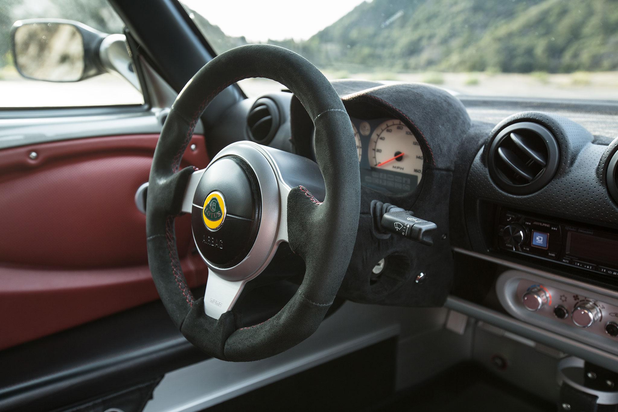 2015 Alfa Romeo 4C Spider – Better Than the Lotus Elise ...