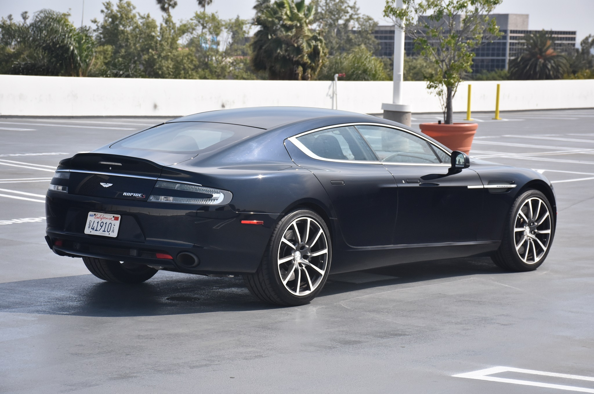 2016 aston martin rapide s review. Black Bedroom Furniture Sets. Home Design Ideas