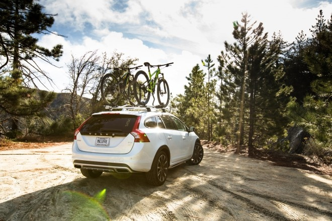 2016 Volvo V60 Cross Country rear end