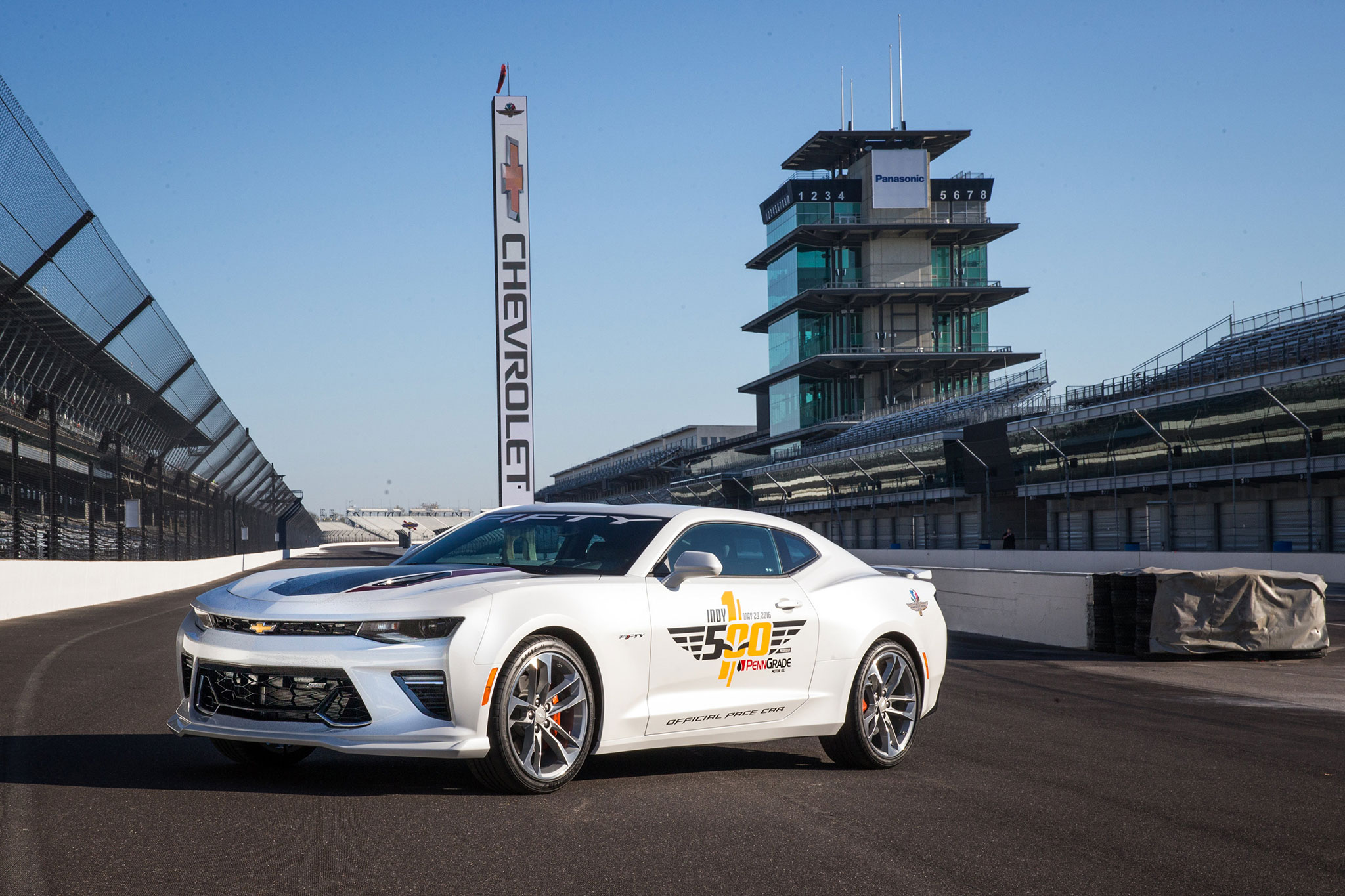 2017 chevrolet camaro ss 50th anniversary to pace indianapolis 500. Black Bedroom Furniture Sets. Home Design Ideas