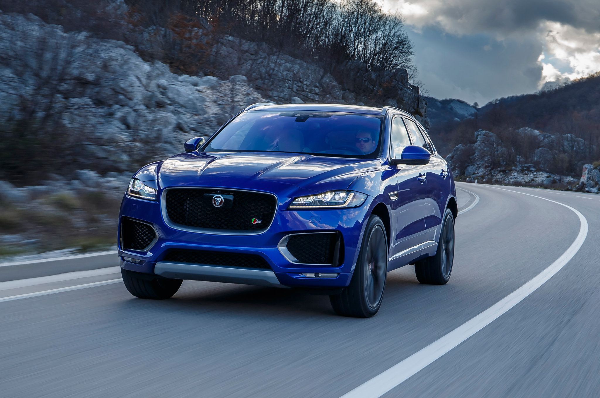 f and new frankfurt engines specs debut prices jaguar auto price express img suv pace