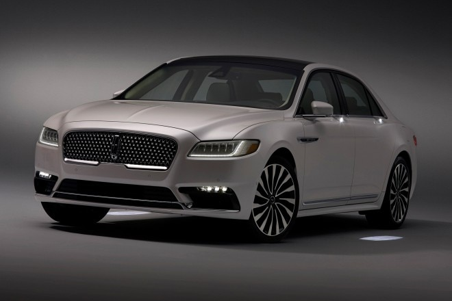 2017 lincoln continental has light up door handles puddle lights automobile magazine. Black Bedroom Furniture Sets. Home Design Ideas
