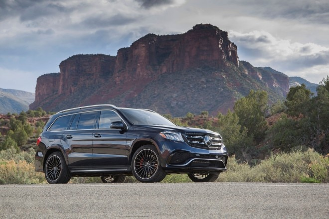 2017 Mercedes AMG GLS63 front three quarter