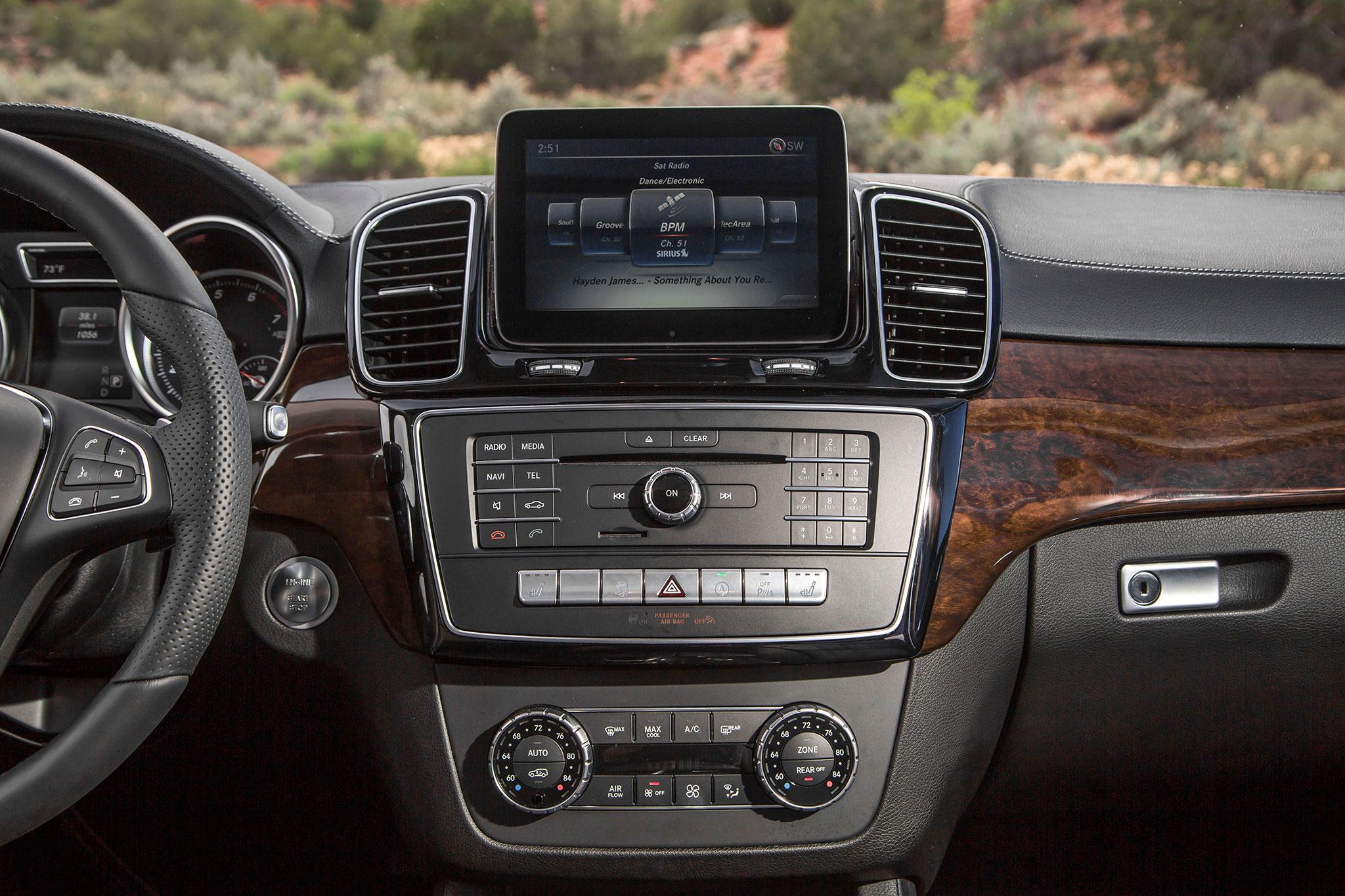2017 mercedes benz gls class review for Mercedes benz gls 450 review