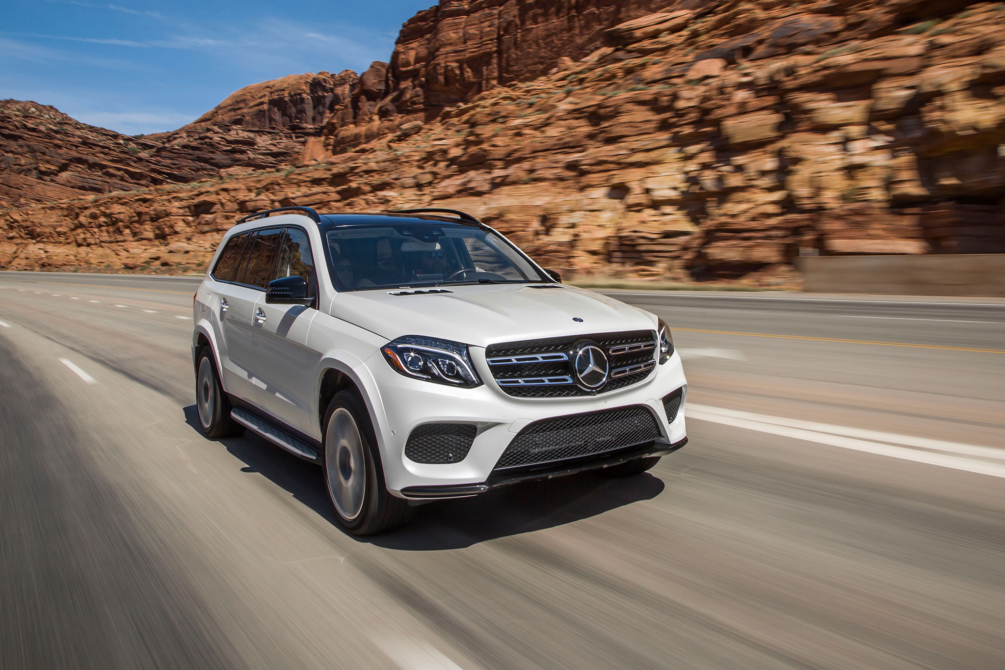 2017 mercedes benz gls class review for 2017 mercedes benz gls350d 4matic