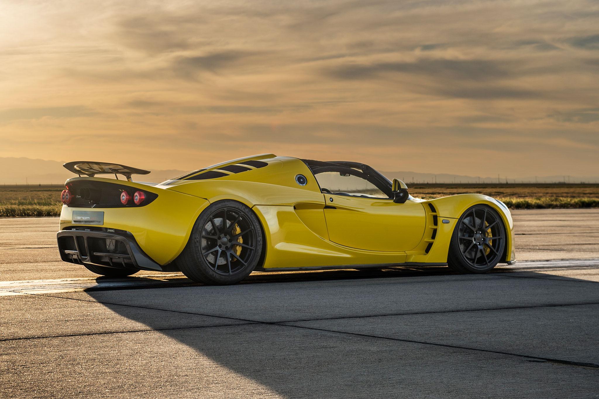 Hennessey Venom GT Spyder Sets New Top Speed Record