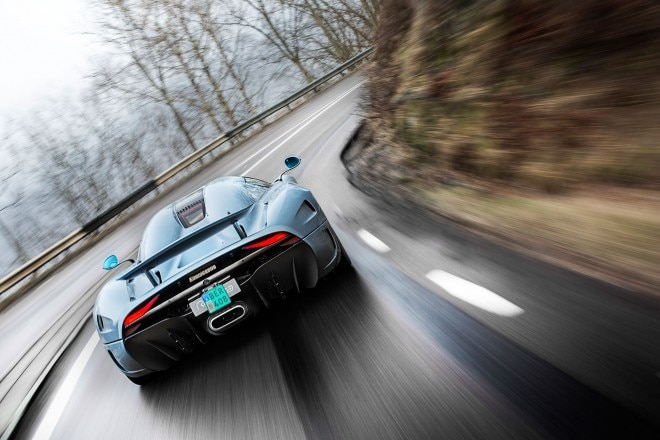 Koenigsegg Regera prototype rear view in motion 04