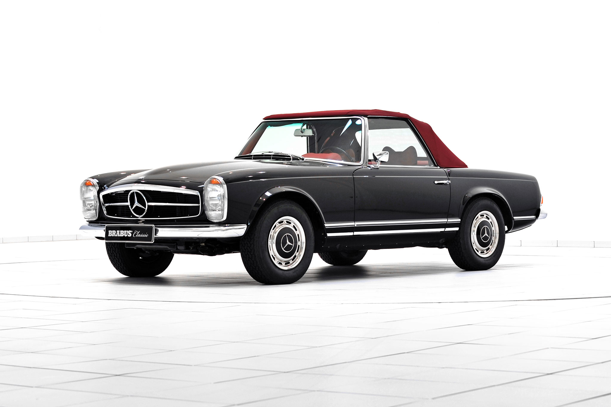 Brabus promotes classic services with restored mercedes for Mercedes benz 280sl