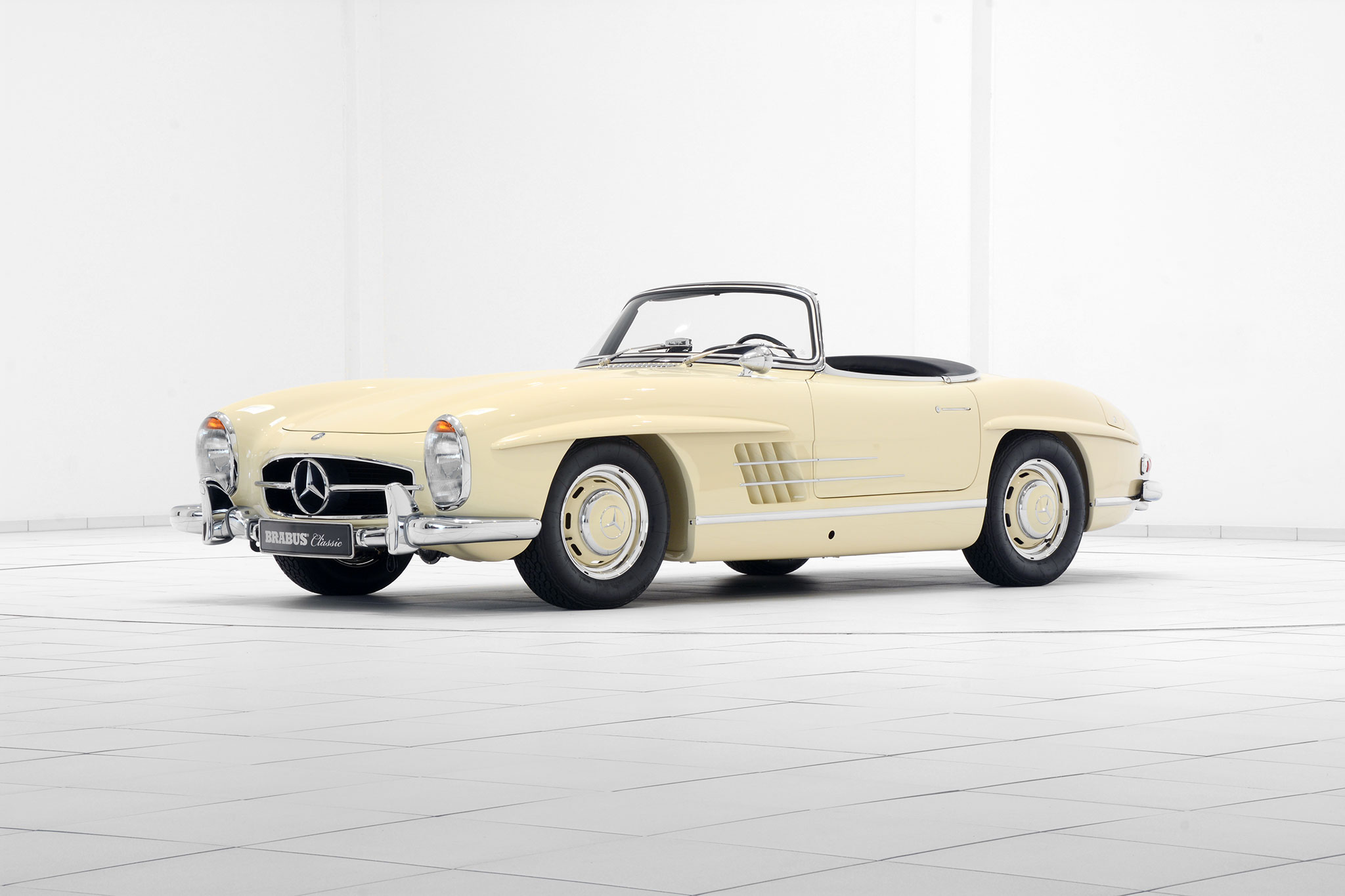 Brabus promotes classic services with restored mercedes for Mercedes benz car service