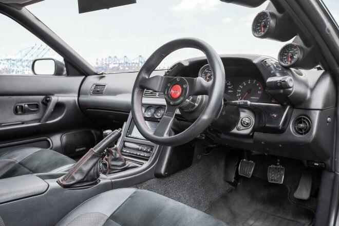 1989 Nissan Skyline GT R cabin
