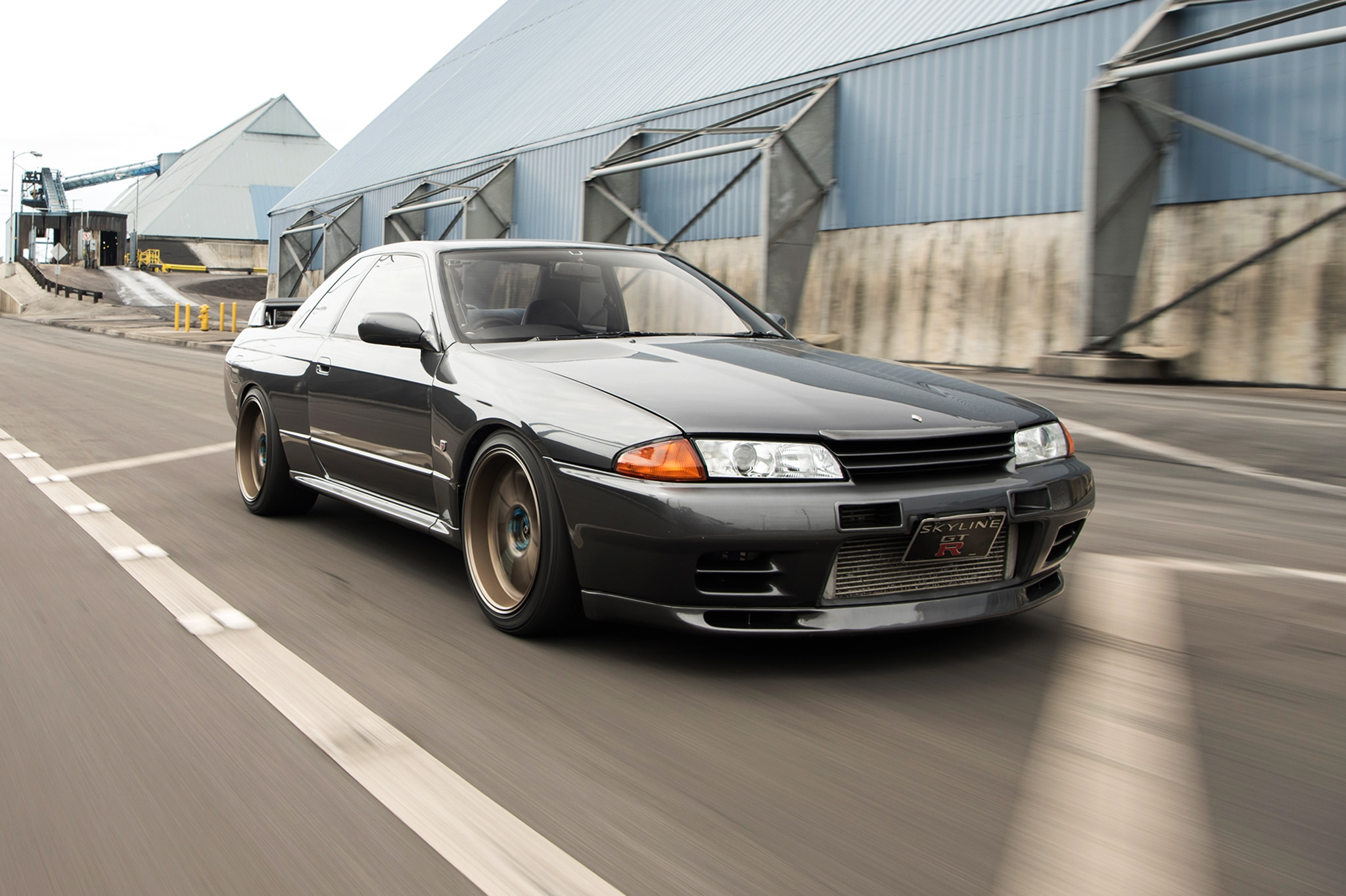 1989 Nissan Skyline GT R Front Three Quarter In Motion 03