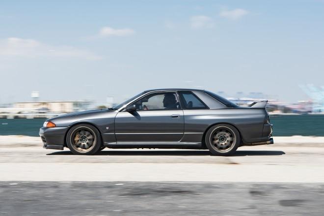 1989 Nissan Skyline GT R side profile in motion