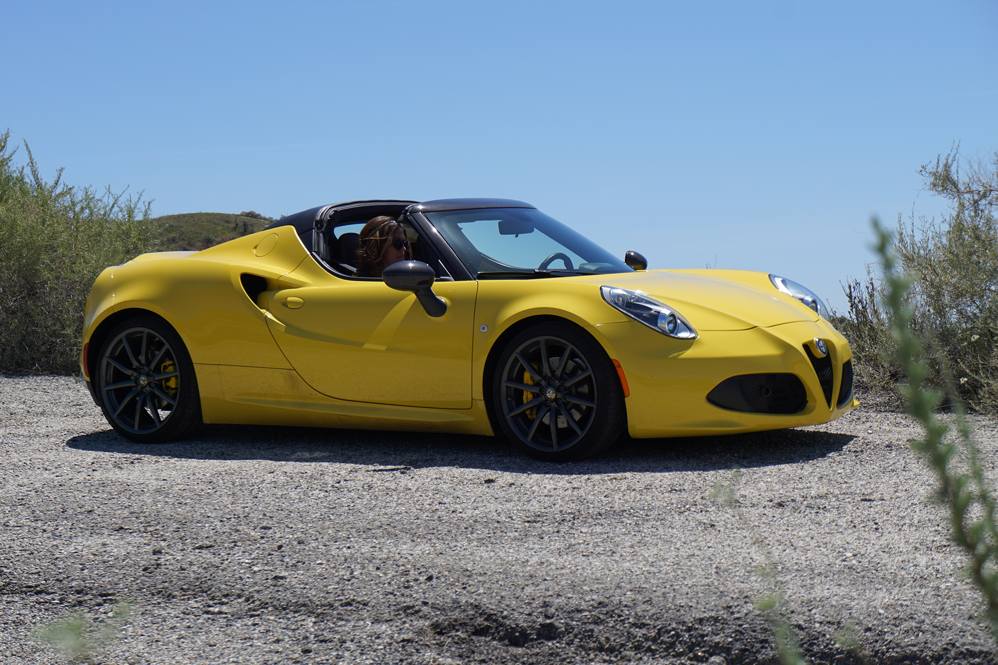 2015 alfa romeo 4c spider to coachella and back. Black Bedroom Furniture Sets. Home Design Ideas