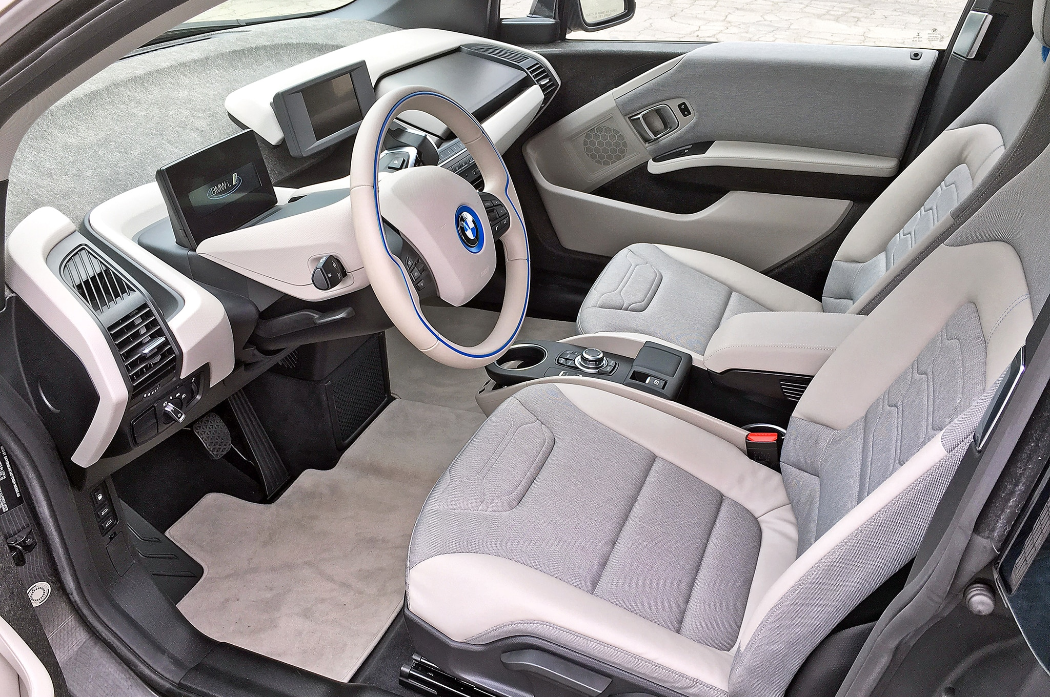 Four Cool Things About the BMW i3 with Range Extender