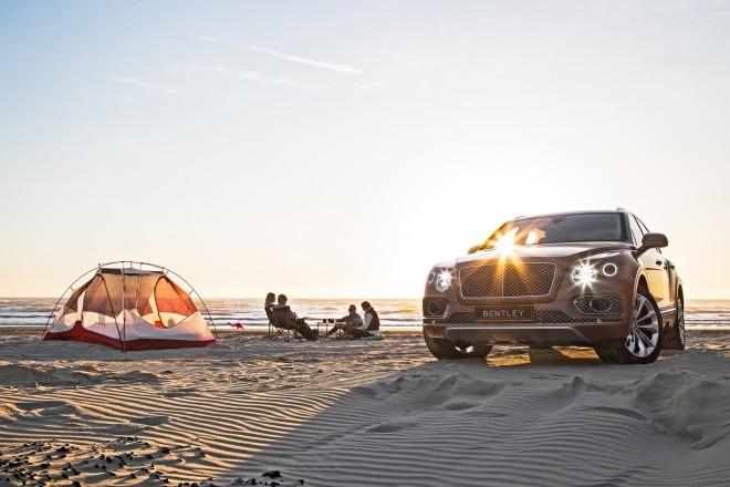 2016 Bentley Bentayga front end