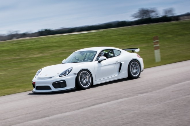 2016 Porsche Cayman GT4 Clubsport Front Three Quarter In Motion 07 660x440