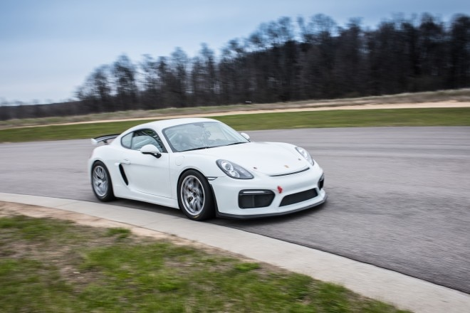 2016 Porsche Cayman GT4 Clubsport front three quarter in motion 16