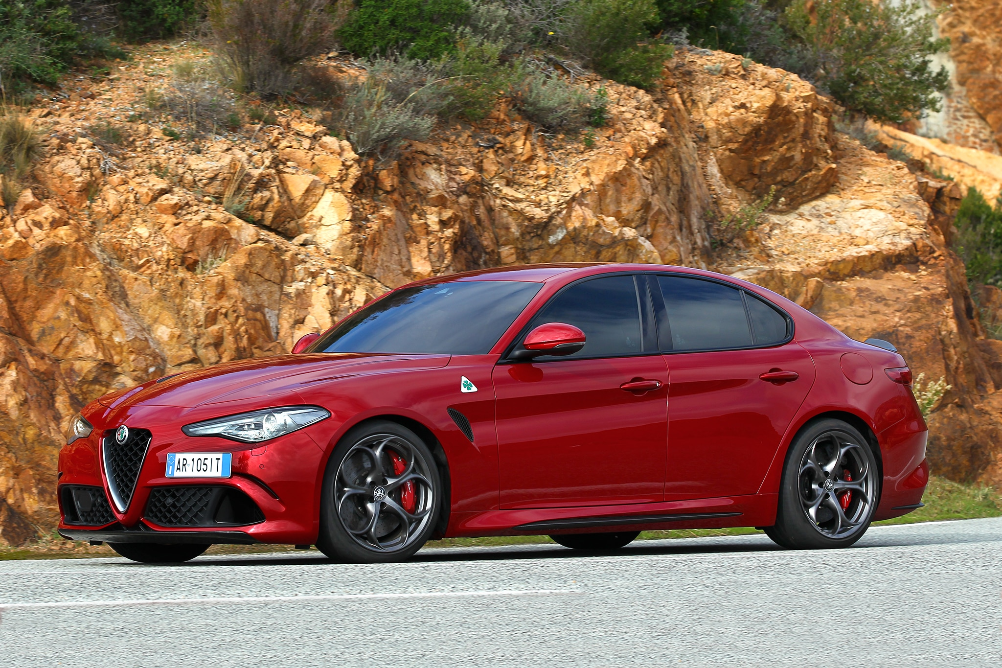 first drive alfa romeo giulia quadrifoglio automobile. Black Bedroom Furniture Sets. Home Design Ideas