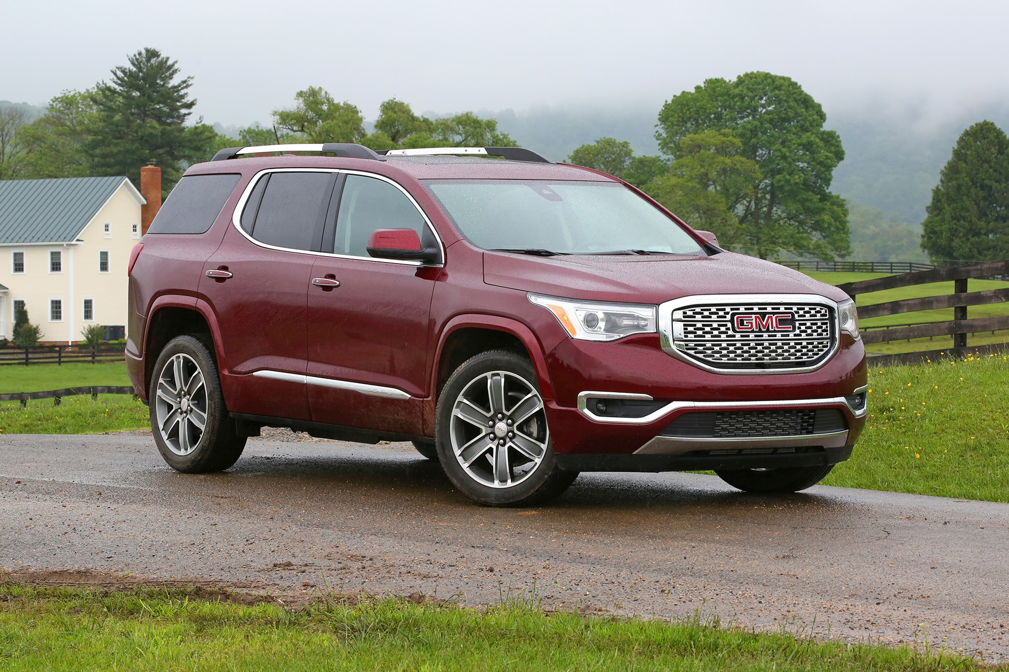 2017 gmc acadia first drive. Black Bedroom Furniture Sets. Home Design Ideas